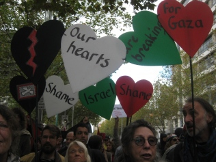 salaam shalom Bakba March 19 May 2018 Melbourne Palestine free Israel conflict non-violent protest reconciliation peace our hearts are breaking for gaza