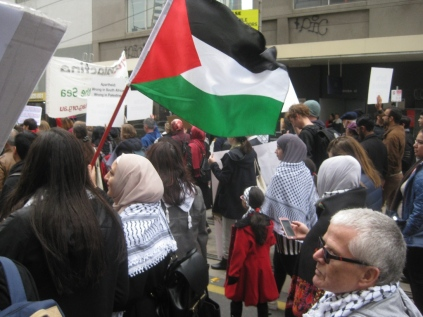 salaam shalom Bakba March 19 May 2018 flagMelbourne Palestine free Israel conflict non-violent protest reconciliation peace