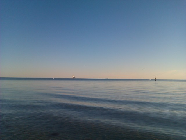 port phillip bay still water blue water blue sky still