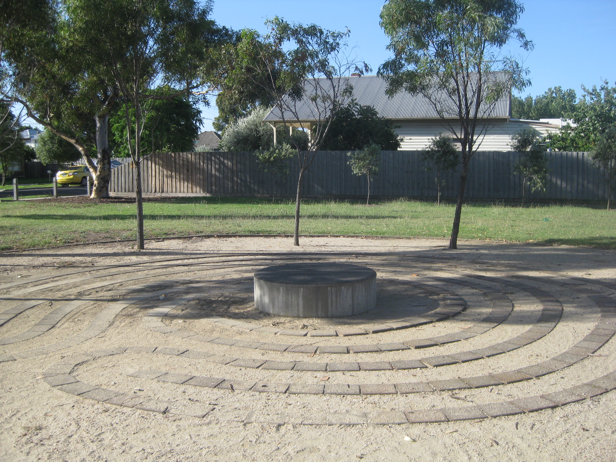 labyrinth west footscray park