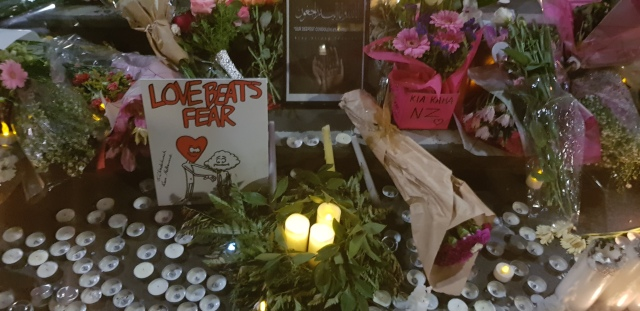 love beats fear melbourne vigil for christchurch